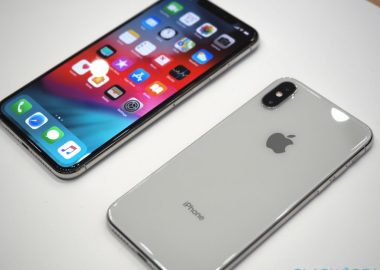 apple-iphone-xs-max-hands-on-1-1-980x620